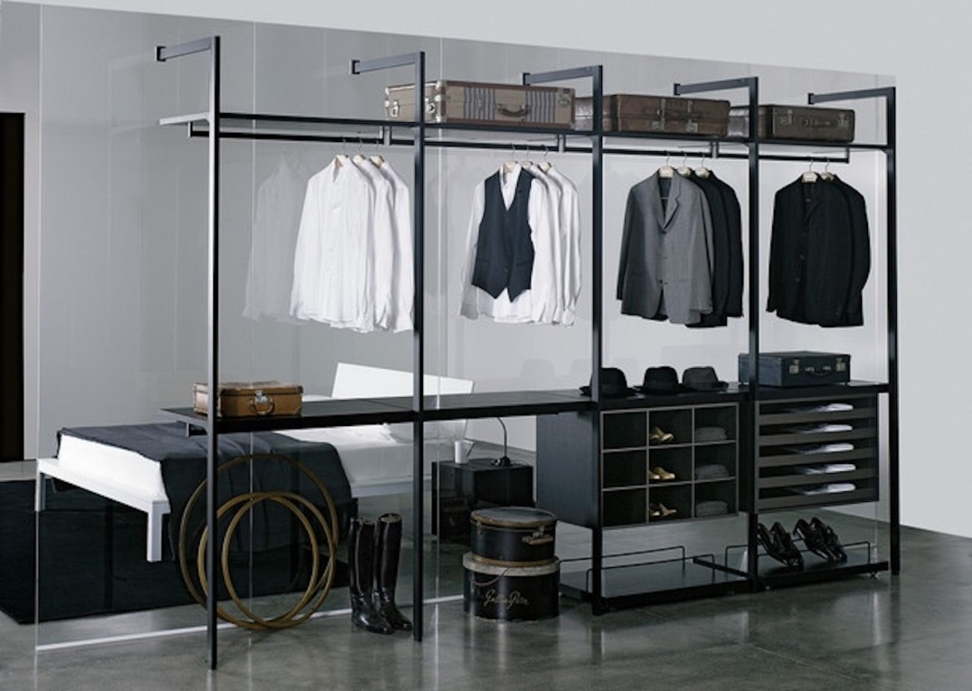 d3932e99634bab09b8dab653dc193ed6--walk-in-wardrobe-walk-in-closet